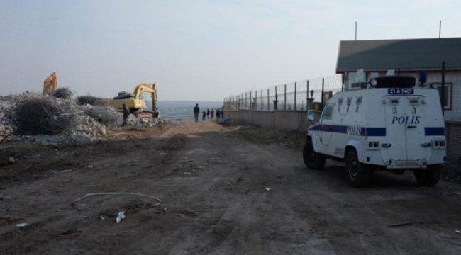 Diyarbakır Valisi'nden inşaat tepkisi
