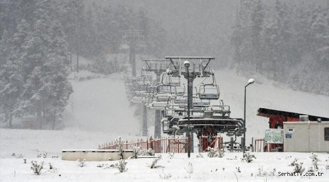Kar kalınlığı 15 santimetreye ulaştı