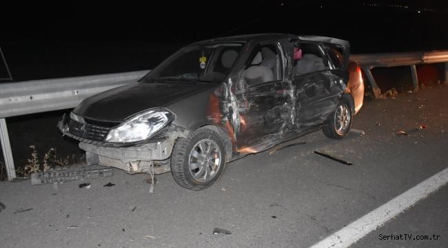 Kars'ta yola dökülen küspe zincirleme kazaya neden oldu
