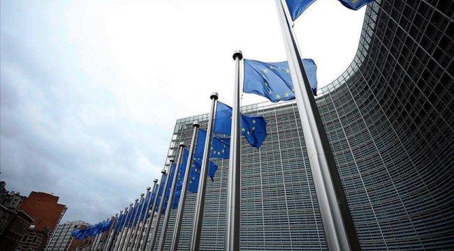 Macaristan ve Polonya'dan AB bütçesinde uzlaşı mesajı