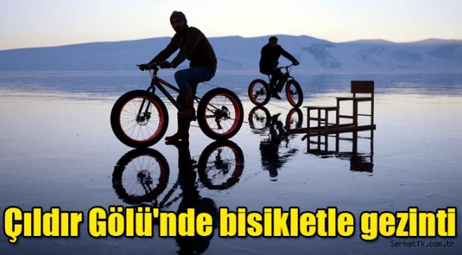 Çıldır Gölü'nde bisikletle gezinti
