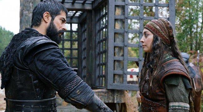 Kuruluş Osman Targun Hatun kimdir? Zeynep Tuğçe Bayat kaç yaşında, hangi dizilerde oynadı?