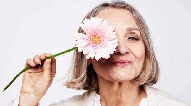 Menopoz tedavi edilmezse kemik erimesine neden olabiliyor!