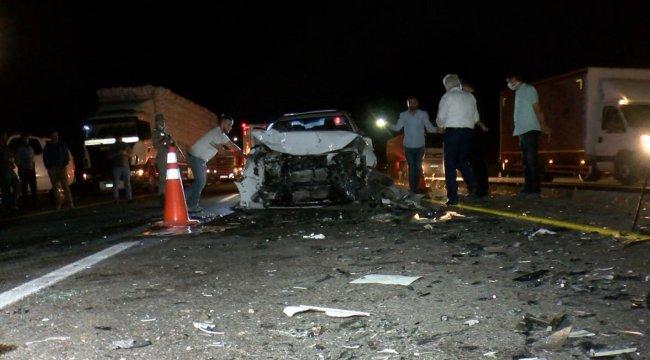 Diyarbakır'da hatalı otomobil sollama kazası oldu: 4'ü ağır 6 yaralı
