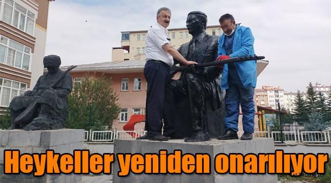 Kars'ta heykeller yeniden onarılıyor