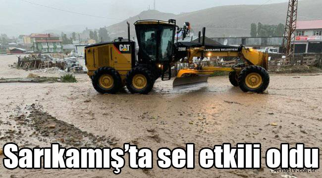 Sarıkamış'ta sel etkili oldu