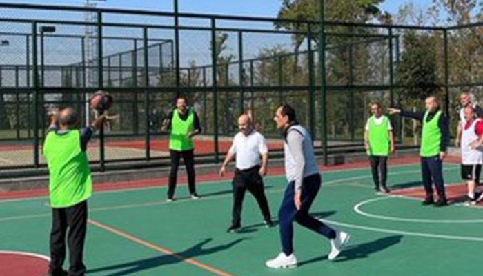 """Cumhurbaşkanı Erdoğan'dan danışmanları ve bakanlar ile basketbol maçı! """"Skor 50-24. Kimin yendiği anlaşılıyordur"""""""