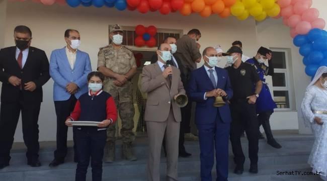 Kars'ta İlköğretim Haftası kutlandı
