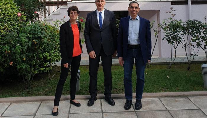 Türeci ve Şahin Yunanistan'a gitti! İlk istekleri Atatürk'ün evi oldu