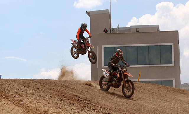 Afyonkarahisar'da motokros yarışlarında final etabı